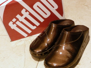 fitflop ハッピーゴッホ