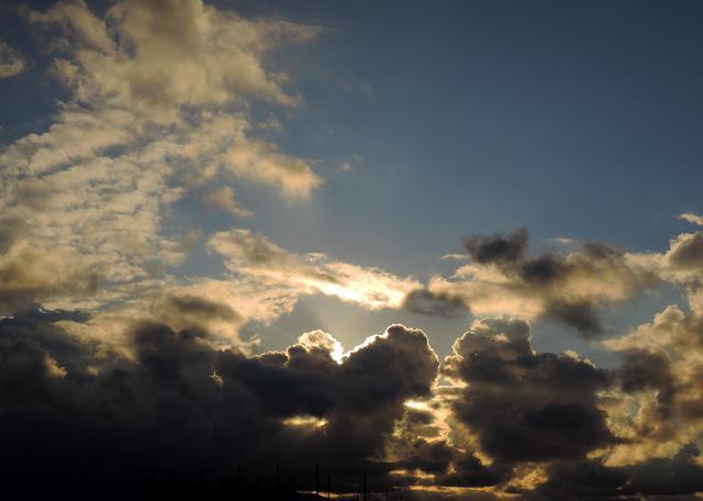 1月5日雲の向こう側.jpg