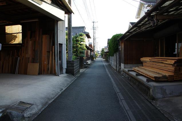 家具の街なので製材所が多いです.JPG