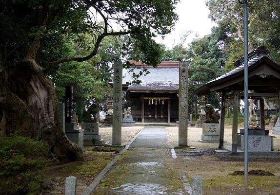 神社の境内.JPG