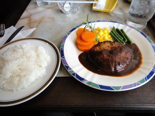 美味しい洋食ランチでした.JPG