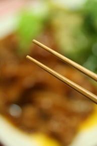 お箸を新調しました♪ 先が細くて使いやすいっす(^∀^*)