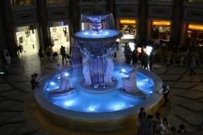 2F噴水広場