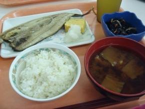 秋刀魚の開き・ひじき煮・サマランス米・赤だし