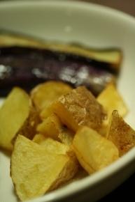 ザクザクカットのポテトフライ&揚げ茄子