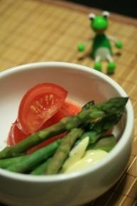 茹でただけアスパラ&切っただけトマト