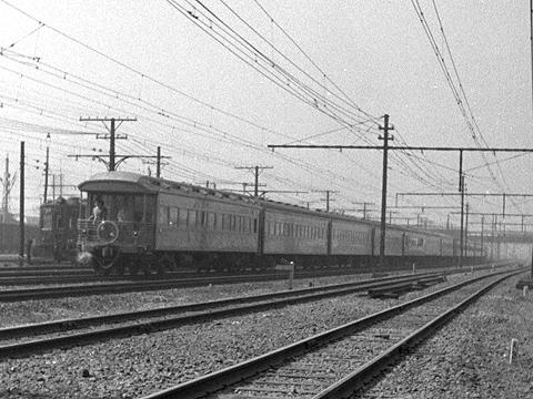 004-195704tsubame02-02.jpg