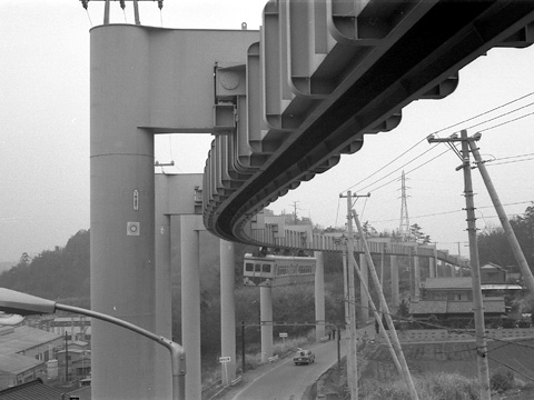 09-1970-monorail.jpg