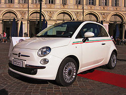 250px-Fiat-new-500-front.jpg