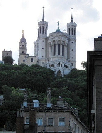 10.06.05-00852 リヨン フルビェール大聖堂2.jpg