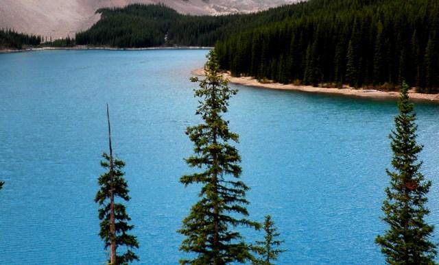 モレーン湖4.jpg