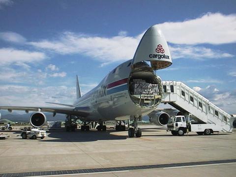 Cargolux_B747-400F copy.jpg