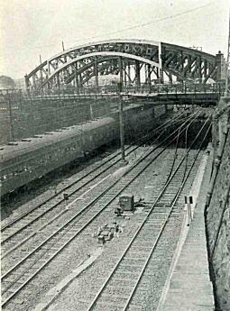 八つ山橋1950頃.jpg