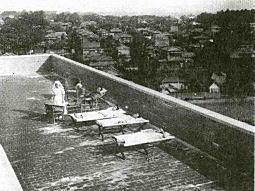 聖母病院屋上(戦前).jpg