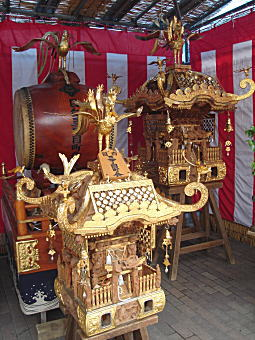高田氷川社祭礼2008.JPG