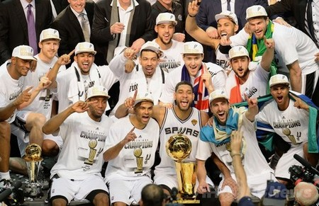 2014 NBA Champion SAS