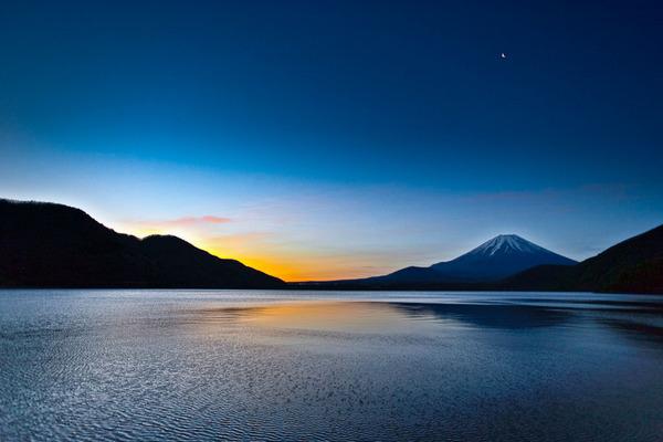 五月の本栖湖 10050824.jpg