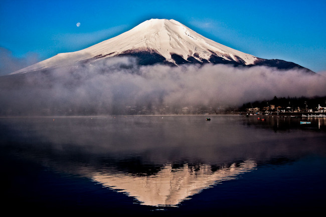 山中湖の白鳥と富士 10050210.jpg