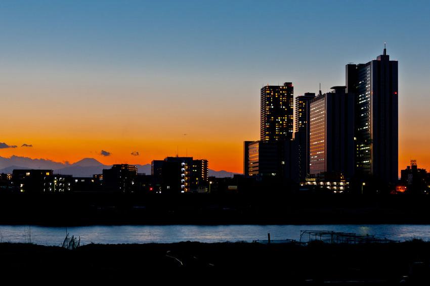 鵜木の土手からの富士 12012928.jpg