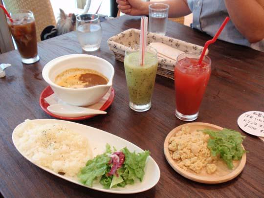 07_073_lunch.jpg