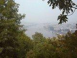 ブダ城からのドナウ川と鎖橋.jpg