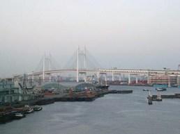 この先この橋を渡って羽田空港へ(拡大します)