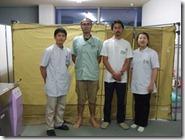 トレーニングルームにて:左より小河原先生・阿部先生・高岡先生・橘川