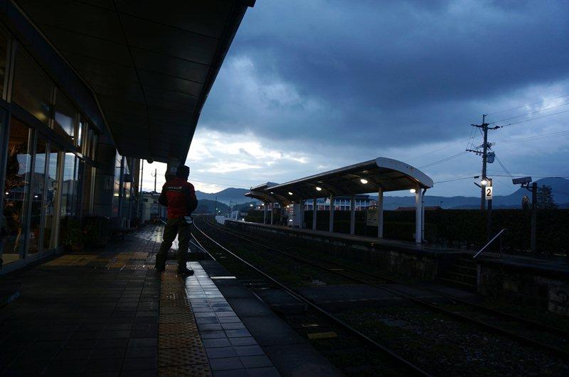 20 哀愁の犀川駅.JPG