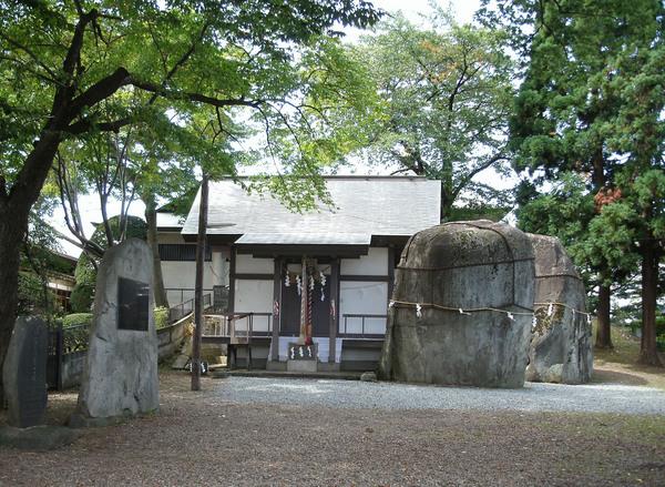 三石神社.jpg