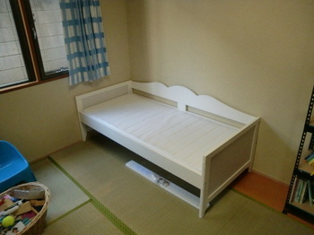 ベッド組み立て (2).jpg