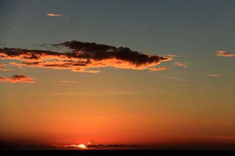 夕陽が沈んで.jpg
