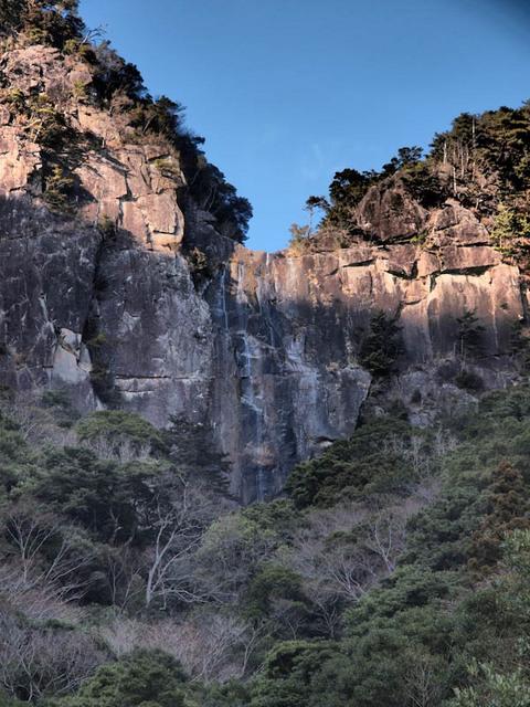 行縢ノ滝(遠景)