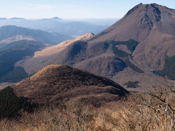 鶴見岳より展望