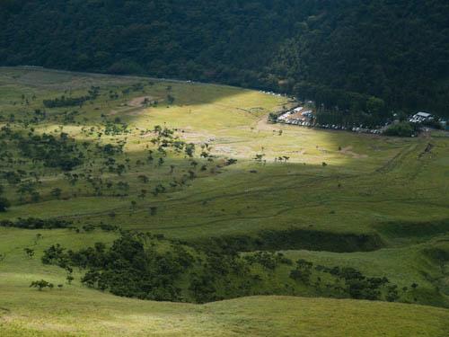 由布岳の正面登山口