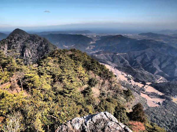 山頂(雄岳)からの眺め