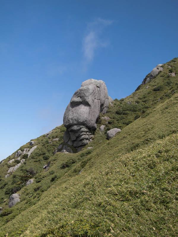翁岳のモアイ
