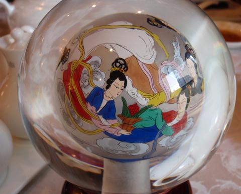 香桃(chineseな置物)1.jpg