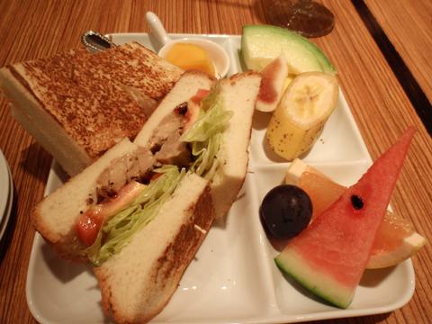 MIKI Fruits(sandwitch)2.jpg