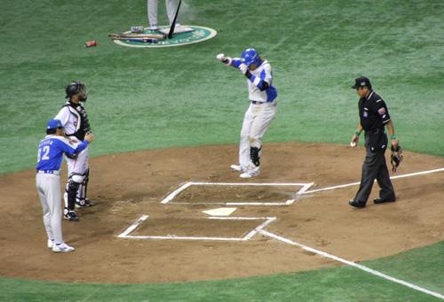 NihonSeries_20081101_23_blg.jpg