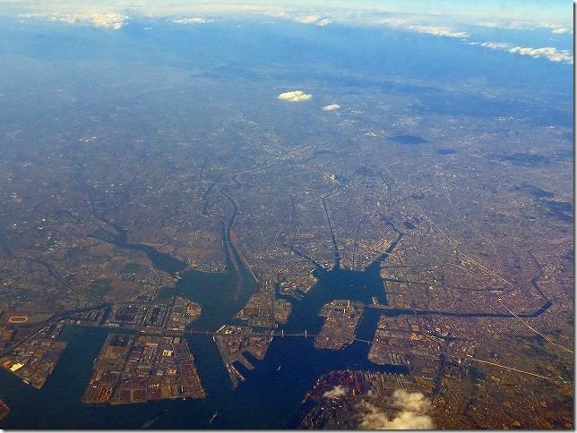 名古屋上空