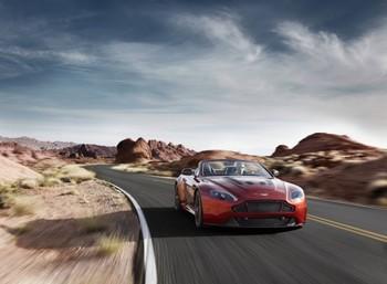 V12-Vantage-S-Roadster_02-618x454.jpg