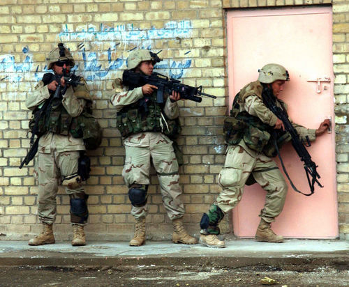 728px-US_1stCavDiv_Fallujah%2C_Nov_12%2C_2004.jpg