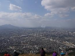 24 2月市制50周年小文字山.jpg
