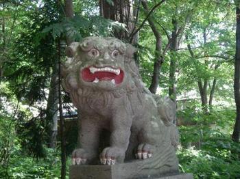 十和田神社狛犬6.JPG