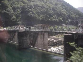 取水堰1.JPG