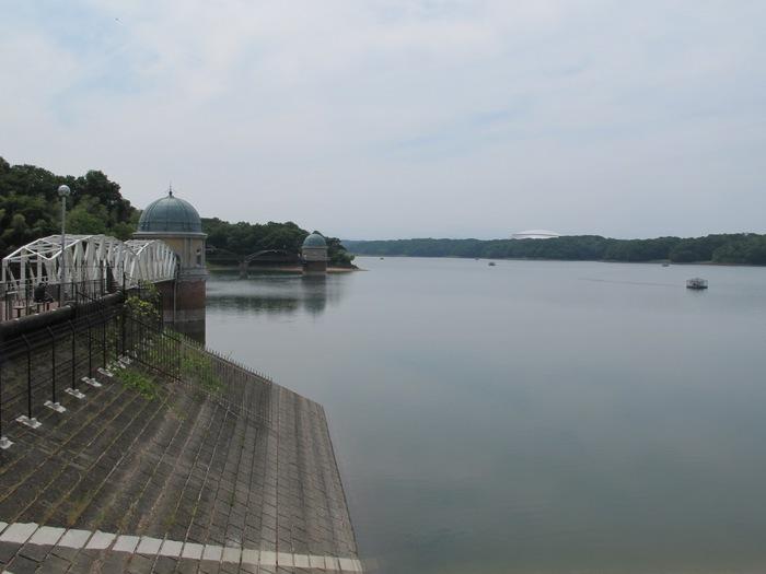 12多摩湖.JPG