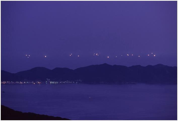 15 夜の海峡.JPG