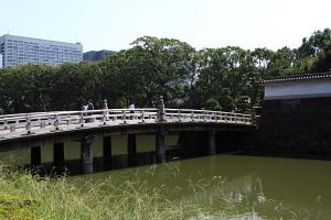 東御苑・平川橋2.JPG