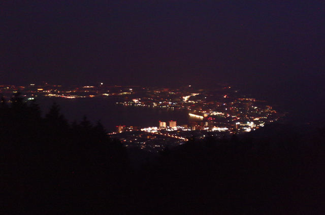 四明が嶽(山頂)夜景2.jpg