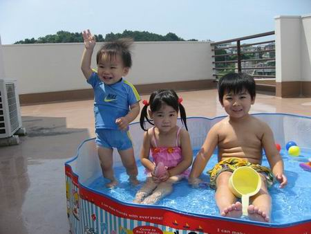 プール遊び.jpg